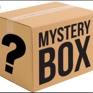 MYSTERY BOX!🦋✨